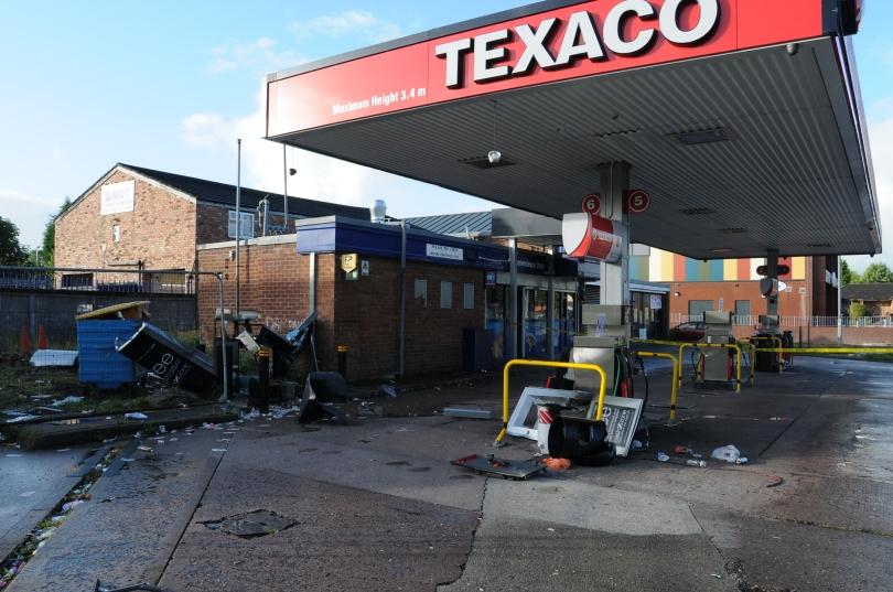 Destroyed cash machine 1.JPG