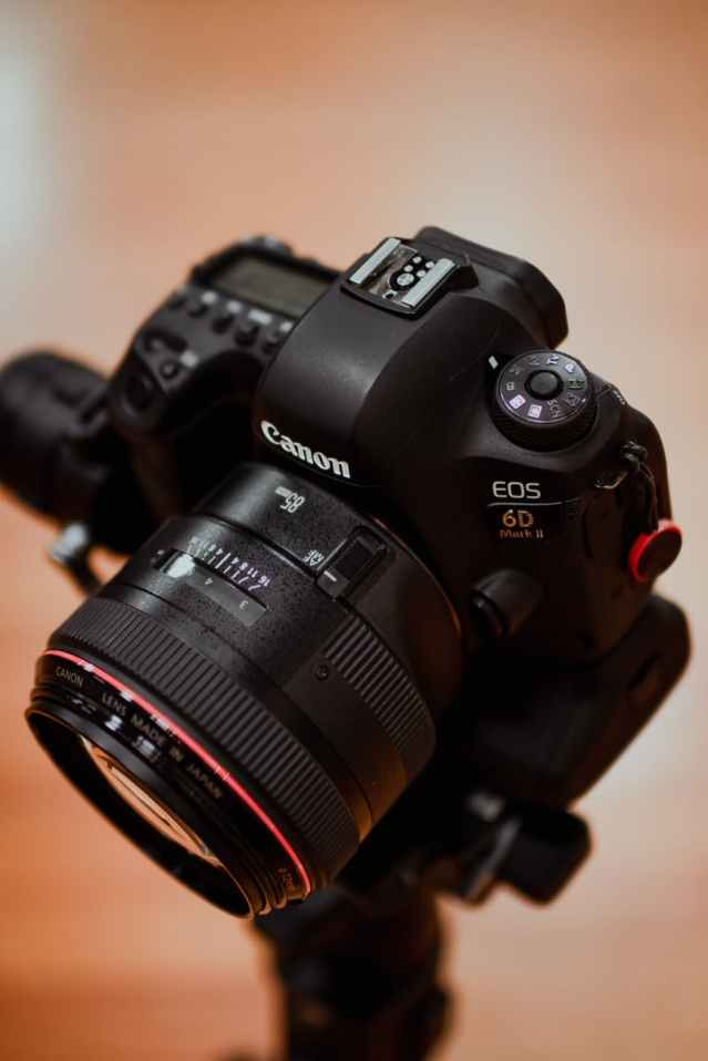 black canon eos camera