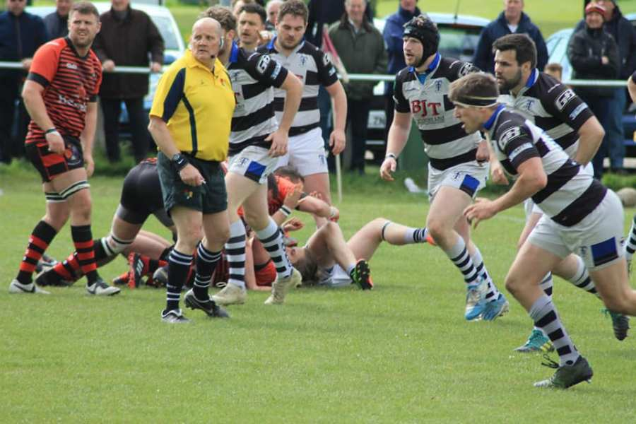 Determined defence vs Widnes